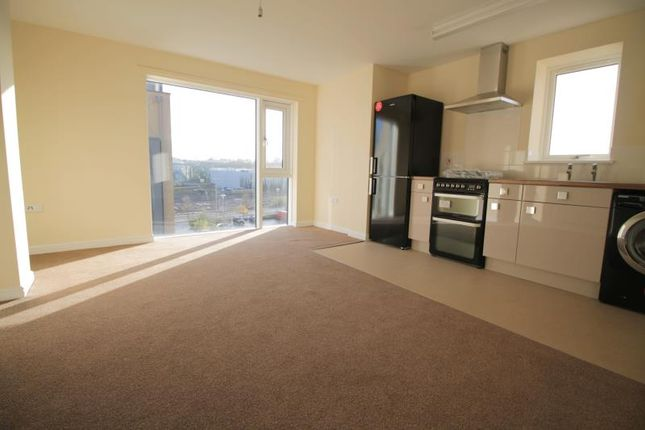 Thumbnail Flat to rent in Cardiff Bay Retail Park, Ferry Road, Cardiff
