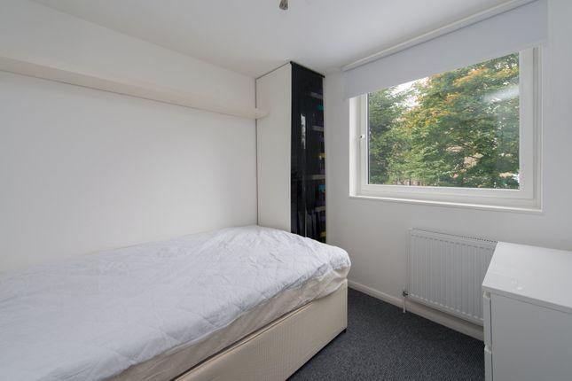 Hilldrop Crescent, London, N7 0Hx - Bedroom