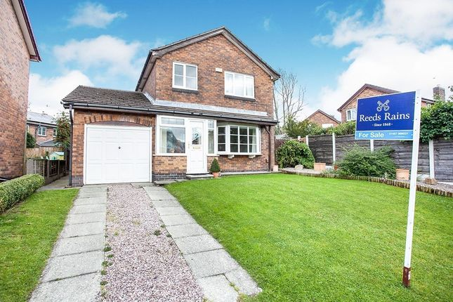 Detached house for sale in Lincoln Way, Glossop
