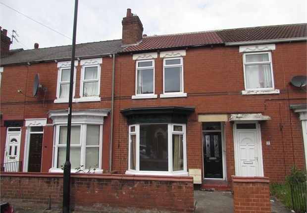 Thumbnail Terraced house to rent in Strafford Road, Doncaster