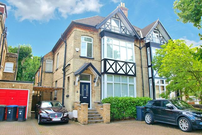 Thumbnail Property for sale in Chase Green Avenue, Enfield