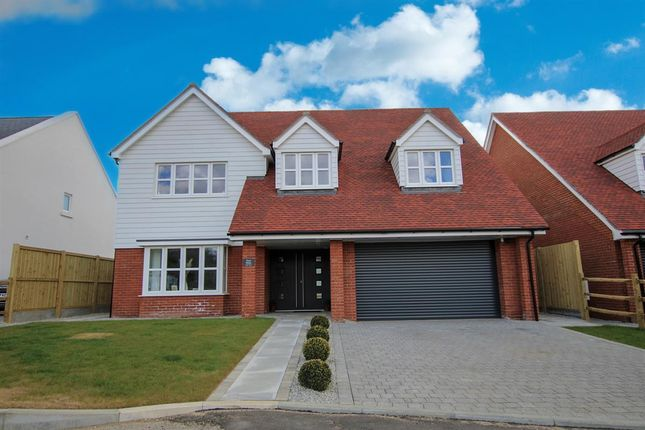 4 bed detached house for sale in Windmill Close, Hawkinge, Folkestone CT18