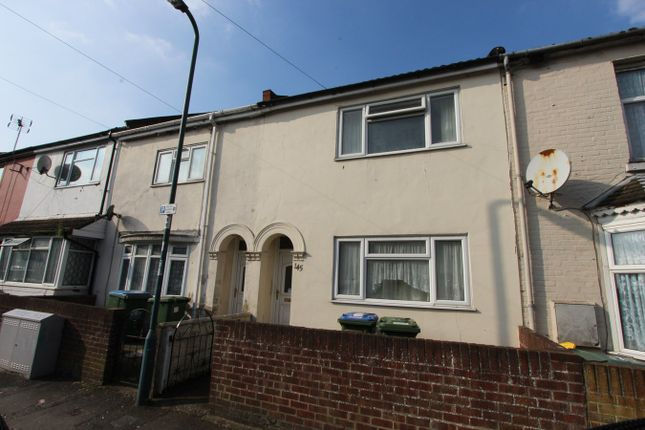 3 bed terraced house to rent in Derby Road, Southampton