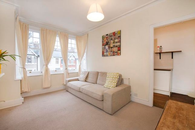 Thumbnail Flat to rent in Windermere Road, London