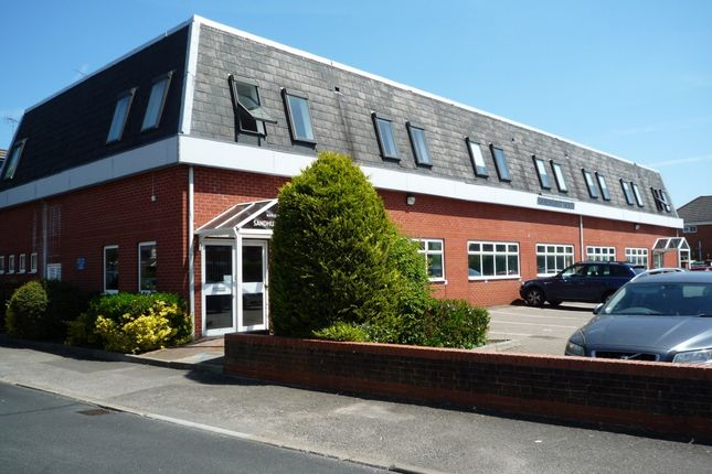 Office to let in Sandhurst House, 297 Yorktown Road, Sandhurst