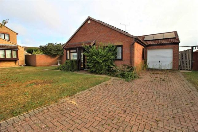 3 bed bungalow for sale in Nightingale Close, Dovercourt, Harwich CO12