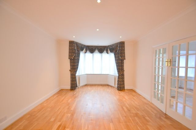 Thumbnail Detached house to rent in Gloucester Gardens, Golders Green, London