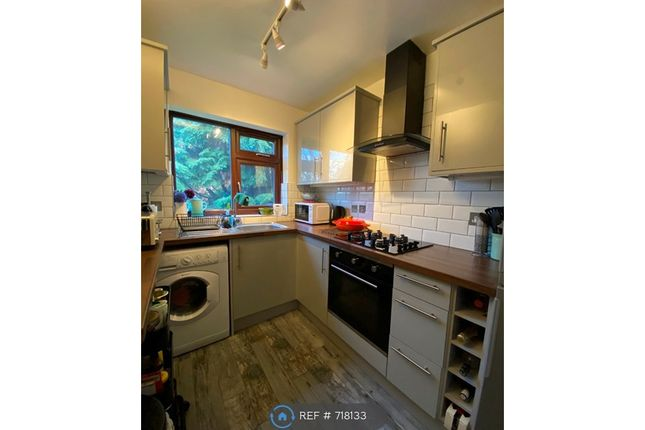 Modern Kitchen of Copwood Close, London N12