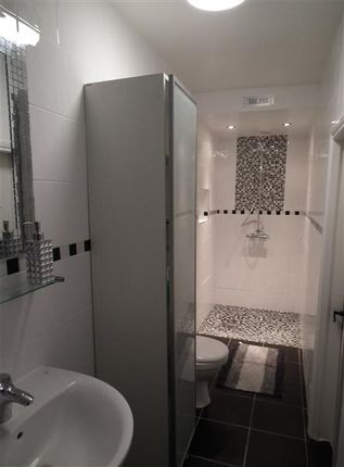 Shower Room of The Old Mill, The Corony, Maughold IM7