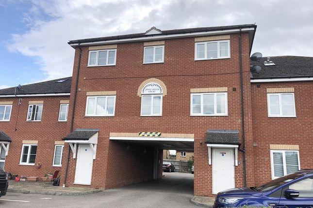 2 bed flat to rent in Joyce Silver Court, Addington Road, Irthlingborough, Wellingborough, Northamptonshire. NN9