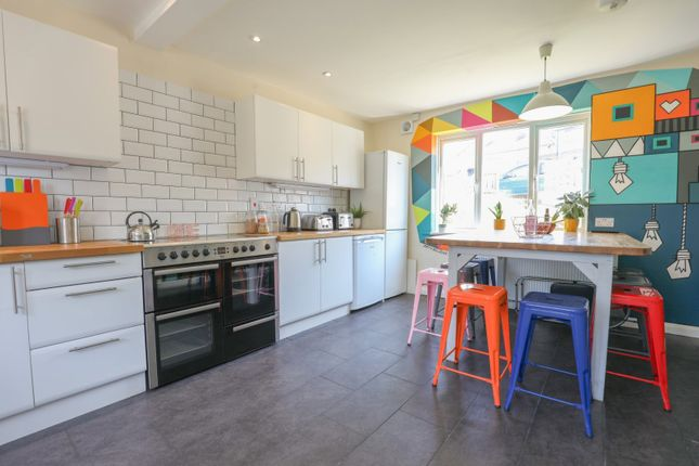Thumbnail Shared accommodation to rent in Nyetimber Hill, Brighton