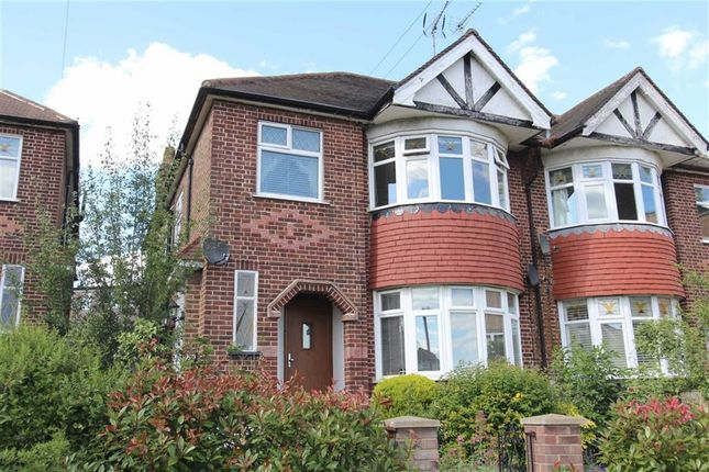 Thumbnail Maisonette for sale in Endlebury Road, North Chingford, London