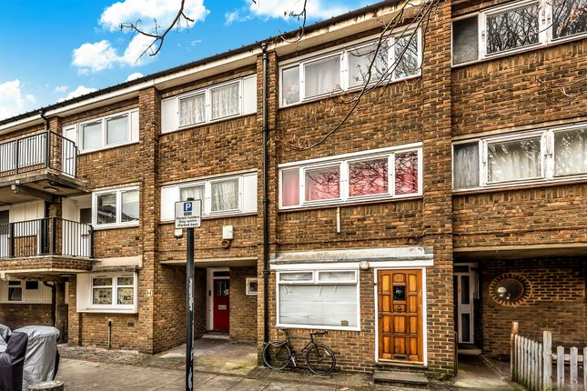Terraced house in  Adeney Close  London Putney