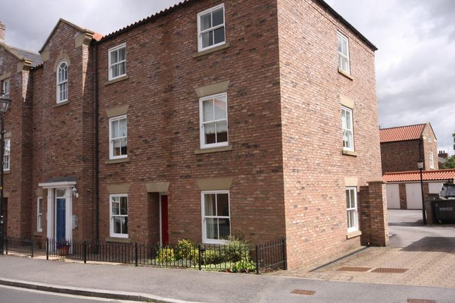 Thumbnail Flat to rent in Wilkinsons Court, Easingwold, York