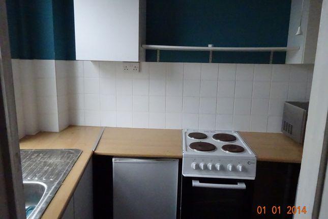 Kitchen of Lavender Walk, Leeds LS9