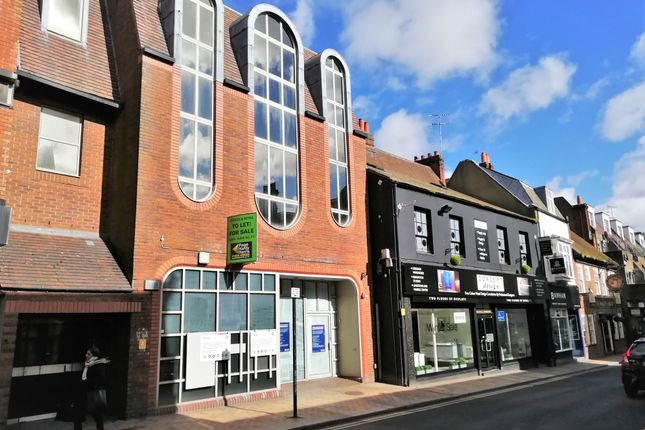 Thumbnail Retail premises for sale in High Street, Maidenhead