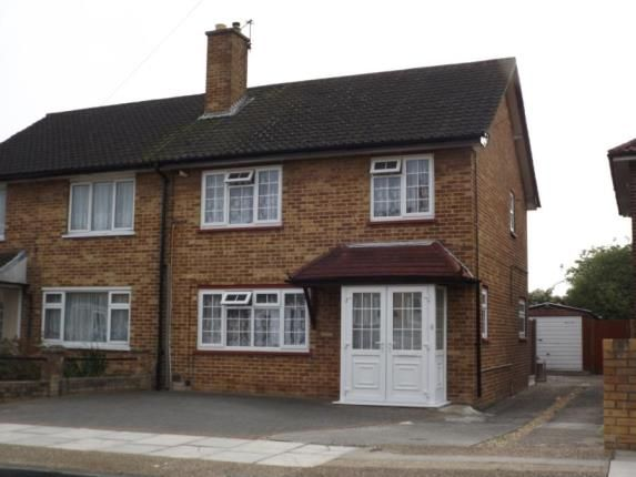 Picture No.02 of Bell Avenue, Romford RM3