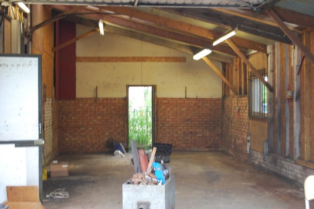 Light industrial to let in Small Hills Road, Norwood Hill Horley