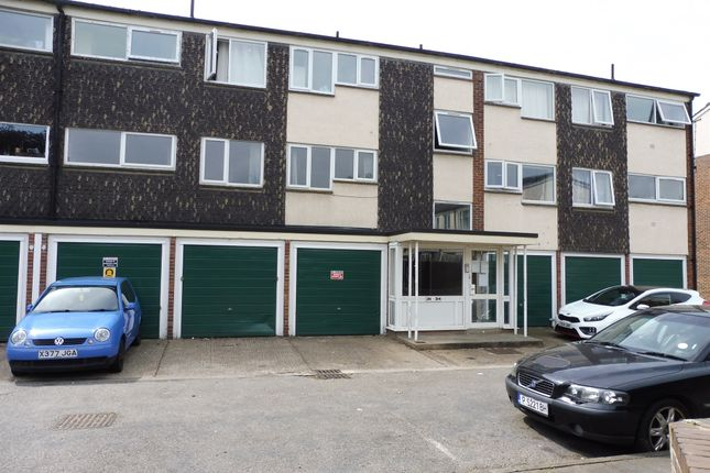 Thumbnail Flat for sale in Cliftonville Court, Abington, Northampton