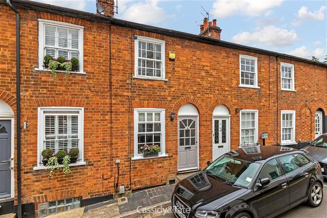 Thumbnail Terraced house for sale in Queen Street, St Albans, Hertfordshire