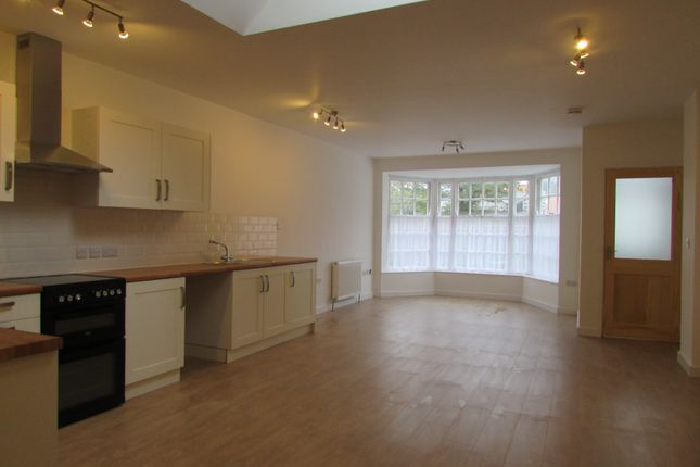 Thumbnail Flat to rent in 32 Alverton Street, Penzance