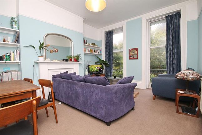Thumbnail Flat to rent in Hanover Crescent, Brighton