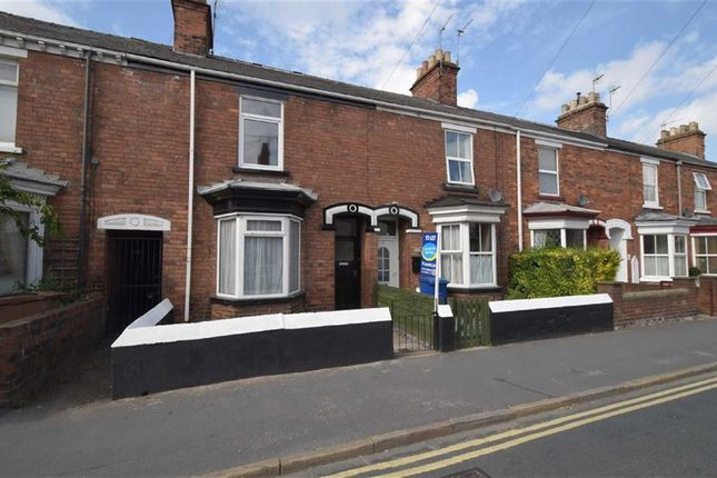 Thumbnail Terraced house to rent in Grovehill Road, Beverley