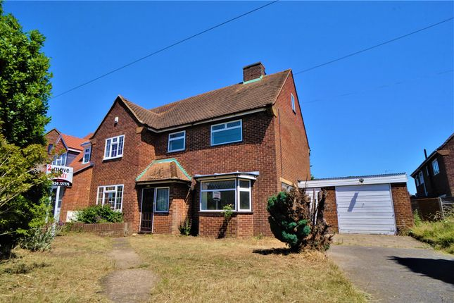 Thumbnail Semi-detached house to rent in Holly Road, Wainscott, Rochester