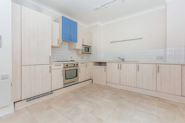 Thumbnail Flat to rent in Riddons Road, London