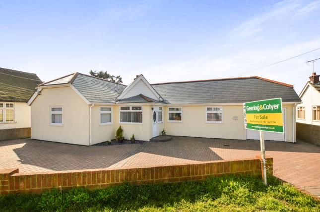 Thumbnail Bungalow for sale in The Parade, Greatstone, New Romney, Kent