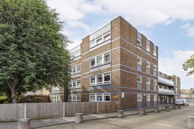 2 bed flat for sale in Morden Road, London SW19
