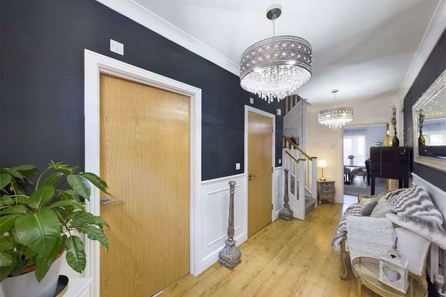 3 bed town house for sale in Armstrong Drive, Worcester WR1