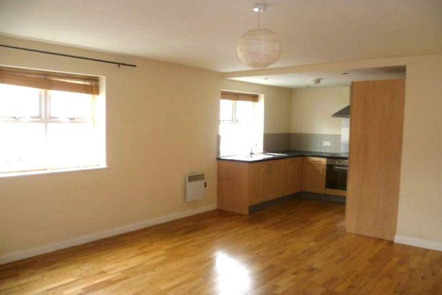 Thumbnail Flat to rent in Free School Lane, Halifax