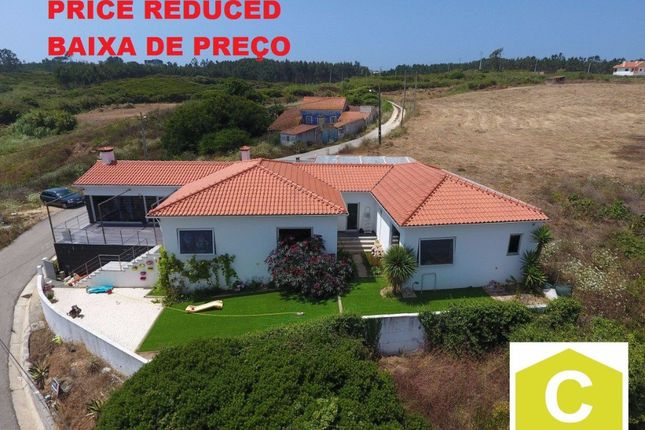 4 bed property for sale in Foz Do Arelho, Silver Coast, Portugal