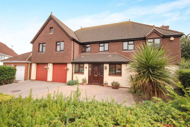 Thumbnail Detached house for sale in Willingale Road, Braintree