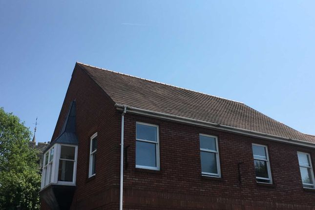 Thumbnail Flat to rent in Frogmore Street, Tring