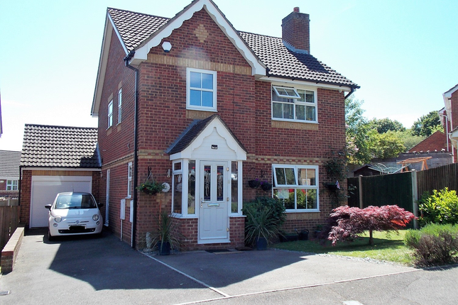 Thumbnail Detached house for sale in Merryfields, Strood