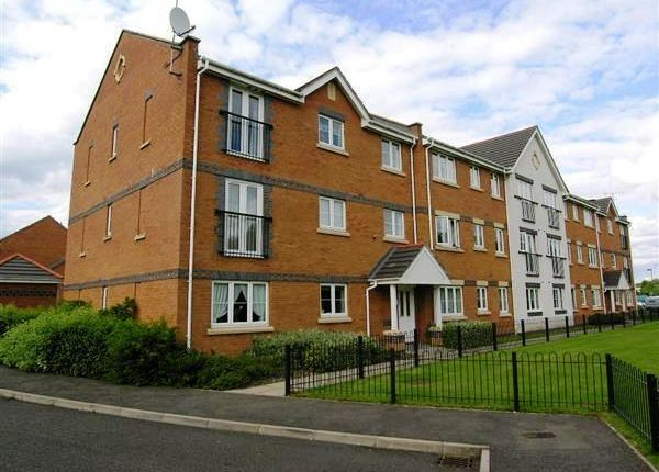 Thumbnail Flat to rent in Moorhen Close, Brownhills, Walsall