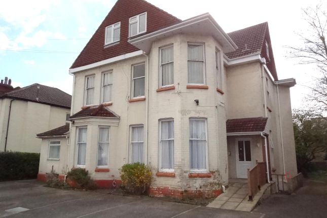 Flat for sale in Gordon Road, Bournemouth