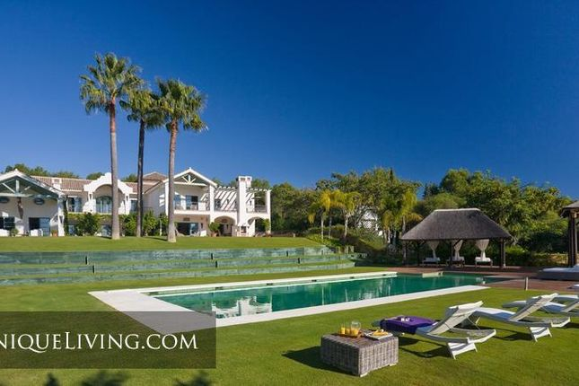 Thumbnail Villa for sale in Sotogrande Alto, Sotogrande, Costa Del Sol