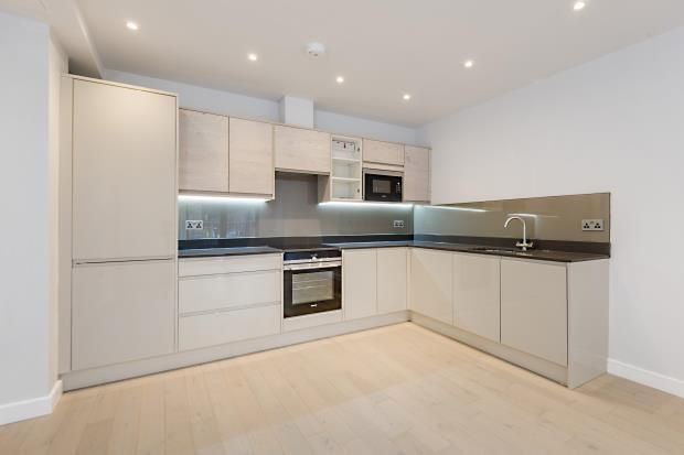 Thumbnail Maisonette for sale in Leighton Road, Kentish Town, London