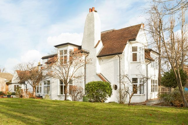 Thumbnail Detached house to rent in Three Chimneys, Hylands Road, Epsom