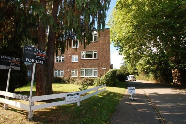 Thumbnail Flat to rent in Ashley Road, Walton-On-Thames