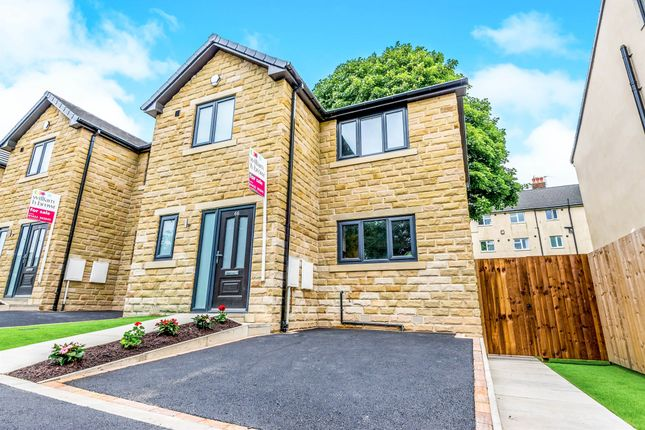 Thumbnail Town house for sale in Fern Street, Boothtown, Halifax