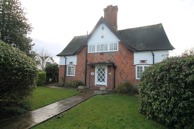 Thumbnail Detached house to rent in Heath Drive, Romford