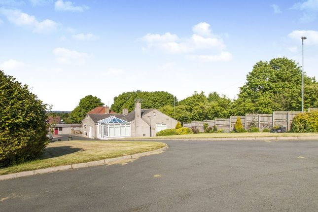 Thumbnail Bungalow for sale in Gildersome Lane, Gildersome, Morley, Leeds