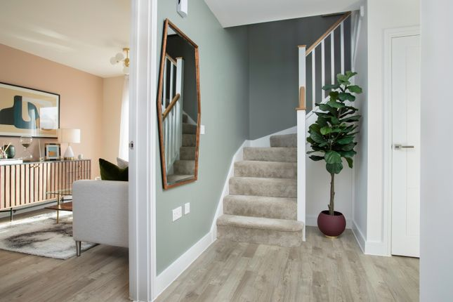 2 bedroom semi-detached house for sale in Loxley Road, Stratford-Upon-Avon