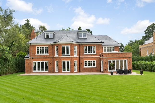 Thumbnail Detached house for sale in Sunning Avenue, Ascot