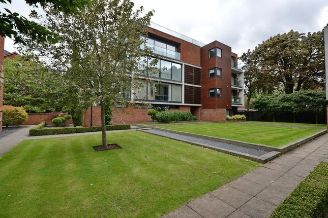 Thumbnail Flat to rent in Woods End, 135A Barlow Moor Road, Didsbury