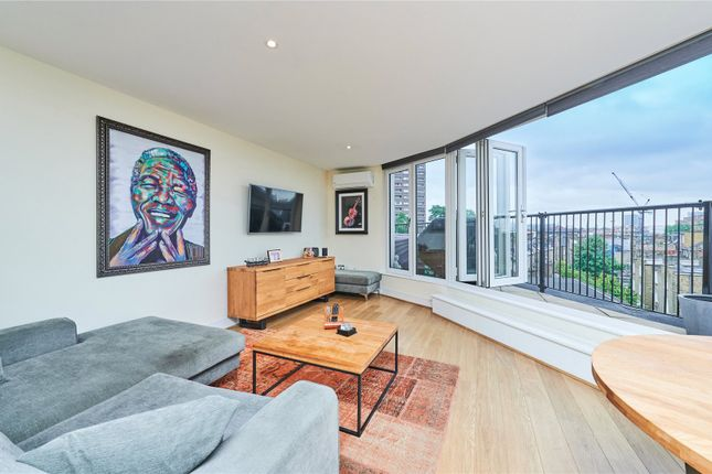 2 bed flat to rent in Nexus Court, Malvern Road, London NW6